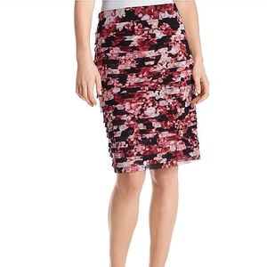 NWOT WHBM Tiered Floral Pencil Skirt Sz 4
